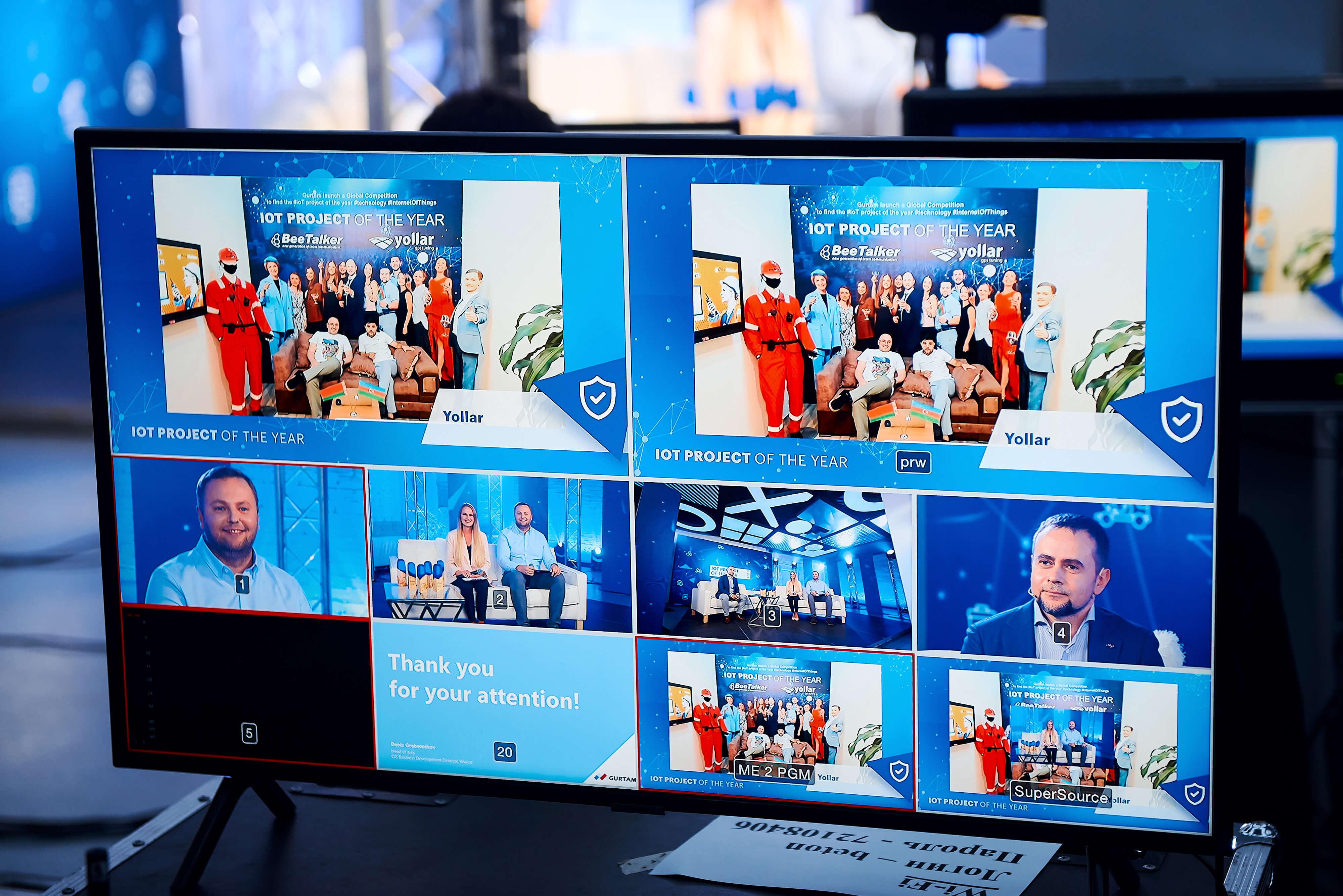 Команда Yollar на церемонии награждения IoT project of the year